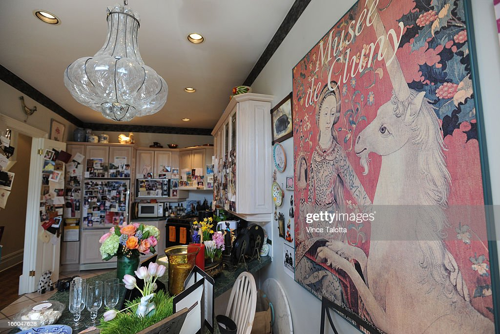 Socialite/event planner Mary Symons in her sumptuous home and photos of her home and its attendant decor items for Artist in Residence column by Rita Zekas. Kitchen