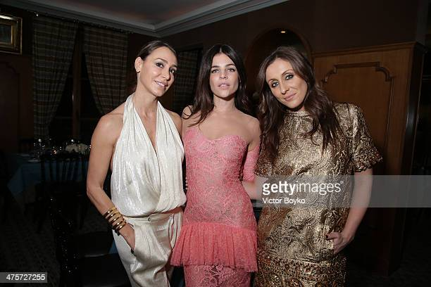 Sofia Barattieri Julia Restoin Roitfeld Anna Machkevich attend the Julia Restoin Roitfeld and Motilo host Paris Fashion Week dinner on February 28...