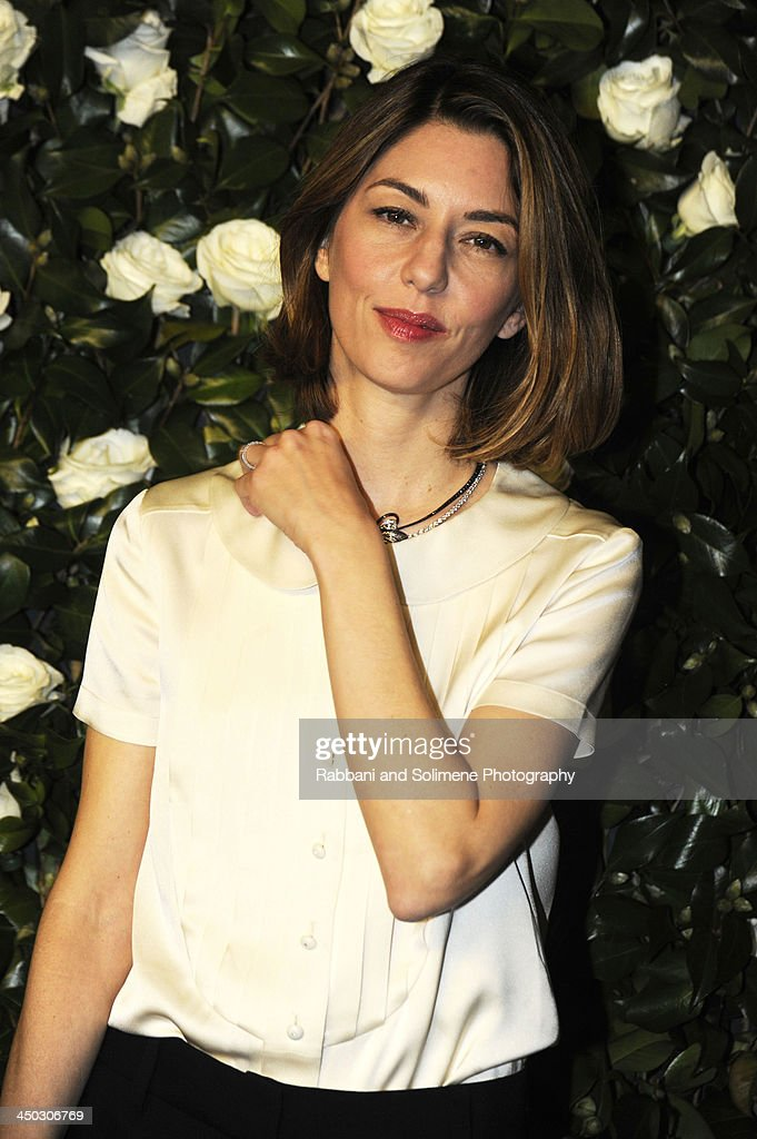 <a gi-track='captionPersonalityLinkClicked' href=/galleries/search?phrase=Sofia+Coppola&family=editorial&specificpeople=202230 ng-click='$event.stopPropagation()'>Sofia Coppola</a> attends the Museum of Modern Art 2013 Film benefit - A Tribute To Tilda Swinton on November 5, 2013 in New York City.