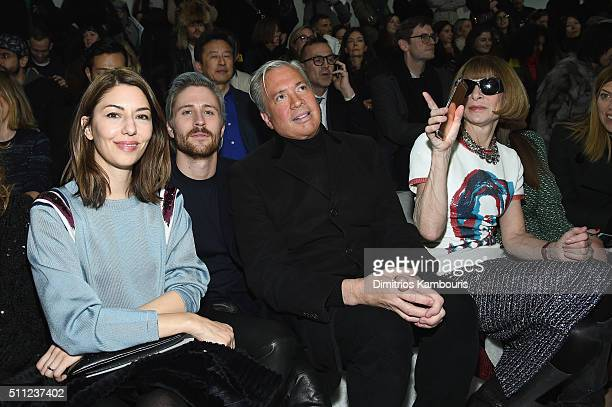 Sofia Coppola Connor Dodd Robert Duffy Anna Wintour and Bee Shaffer attend the Marc Jacobs Fall 2016 fashion show during New York Fashion Week at...
