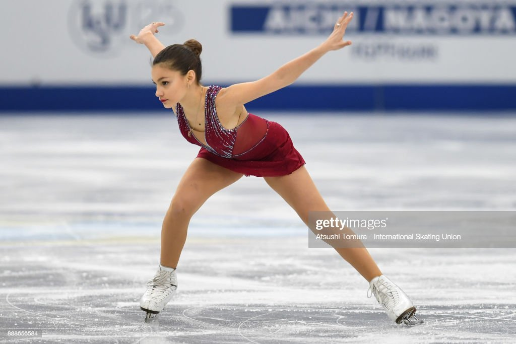 Софья Самодурова - Страница 3 Sofia-samodurova-of-russia-competes-in-the-junior-ladies-free-skating-picture-id888656584