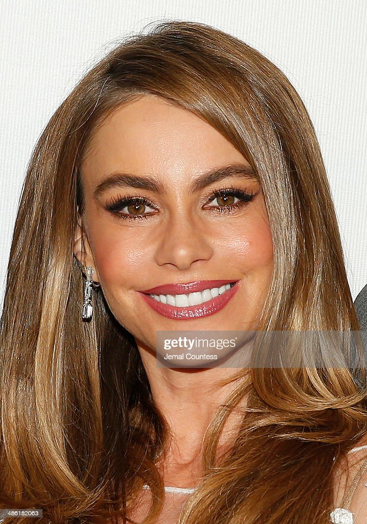 <a gi-track='captionPersonalityLinkClicked' href=/galleries/search?phrase=Sofia+Vergara&family=editorial&specificpeople=214702 ng-click='$event.stopPropagation()'>Sofia Vergara</a> attends the 'Chef' Premiere during the 2014 Tribeca Film Festival at BMCC Tribeca PAC on April 22, 2014 in New York City.