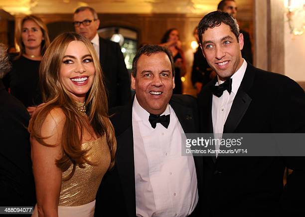 Sofia Vergara New Jersey Governor Chris Christie and Nick Loeb attend the Bloomberg Vanity Fair cocktail reception following the 2014 WHCA Dinner at...