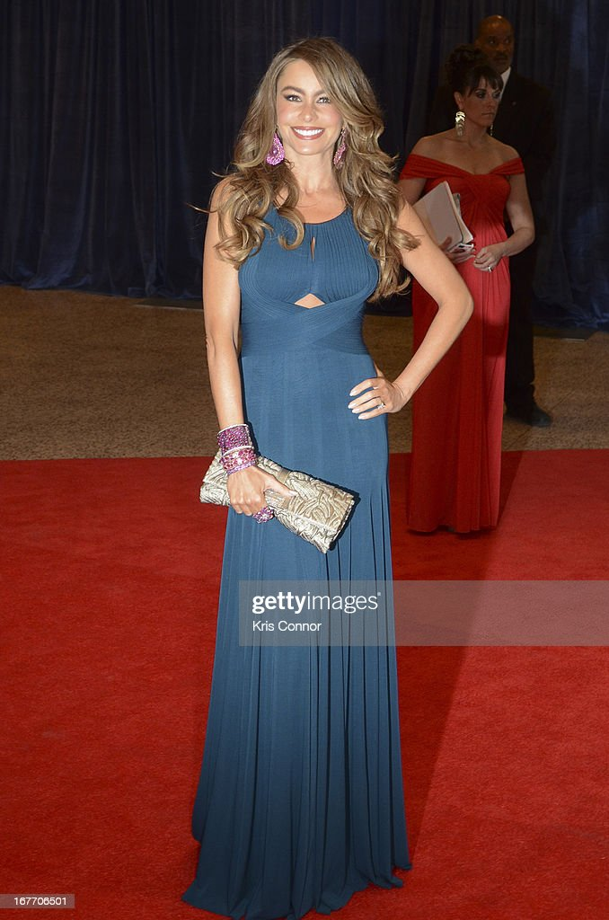<a gi-track='captionPersonalityLinkClicked' href=/galleries/search?phrase=Sofia+Vergara&family=editorial&specificpeople=214702 ng-click='$event.stopPropagation()'>Sofia Vergara</a> poses on the red carpet during the White House Correspondents' Association Dinner at the Washington Hilton on April 27, 2013 in Washington, DC.