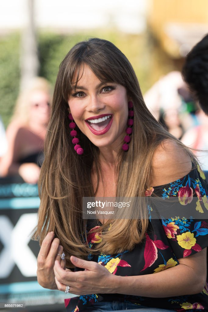Sofia Vergara visits 'Extra' at Universal Studios Hollywood on October 23, 2017 in Universal City, California.