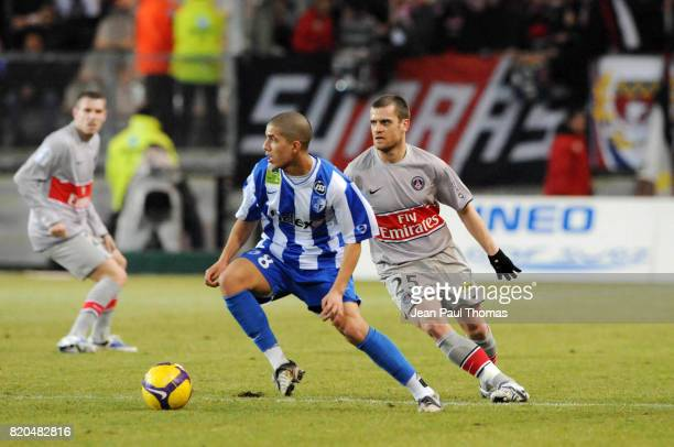 Sofiane FEGHOULI / Jerome ROTHEN Grenoble / Paris Saint Germain 25e journee French League 1