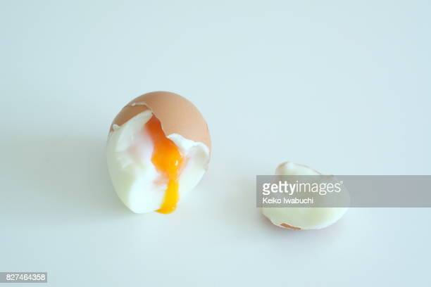 Soft boiled egg with eggshell