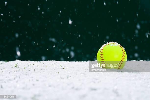 Softball en la nieve