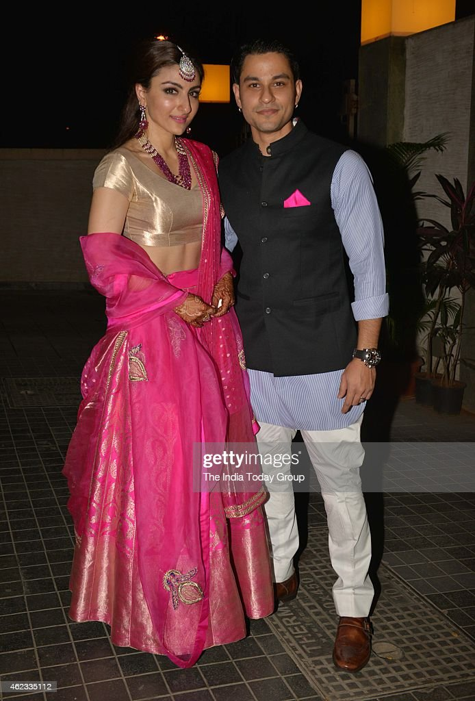Soha Ali Khan and Kunal Khemu at their wedding reception in Mumbai