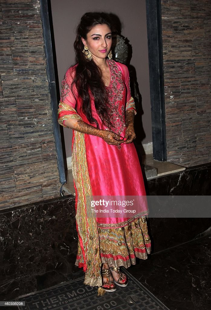 <a gi-track='captionPersonalityLinkClicked' href=/galleries/search?phrase=Soha+Ali+Khan&family=editorial&specificpeople=691303 ng-click='$event.stopPropagation()'>Soha Ali Khan</a> at her mehendi ceremony in Mumbai.