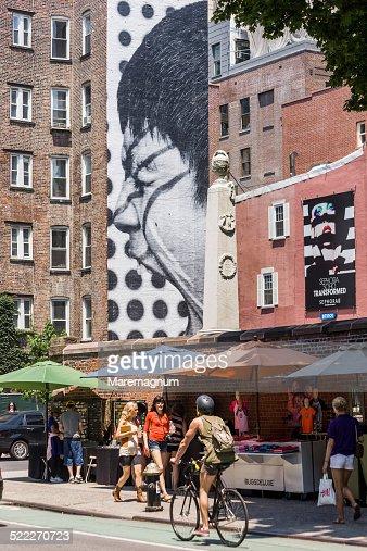 SoHo murales