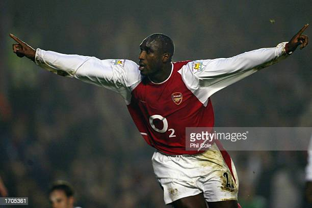 Sol Campbell of Arsenal celebrates scoring Arsenal's first goal during the FA Barclaycard Premiership match between Arsenal and Middlesbrough held on...