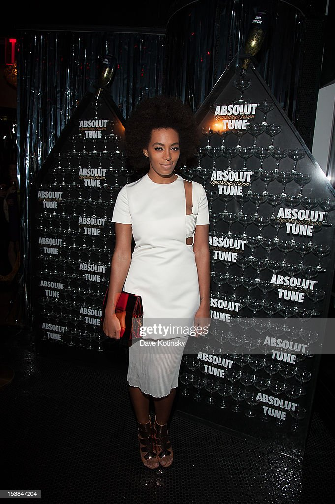 <a gi-track='captionPersonalityLinkClicked' href=/galleries/search?phrase=Solange+Knowles&family=editorial&specificpeople=221489 ng-click='$event.stopPropagation()'>Solange Knowles</a> attends the Absolut Tune Launch Party at The Top of The Standard on October 9, 2012 in New York City.