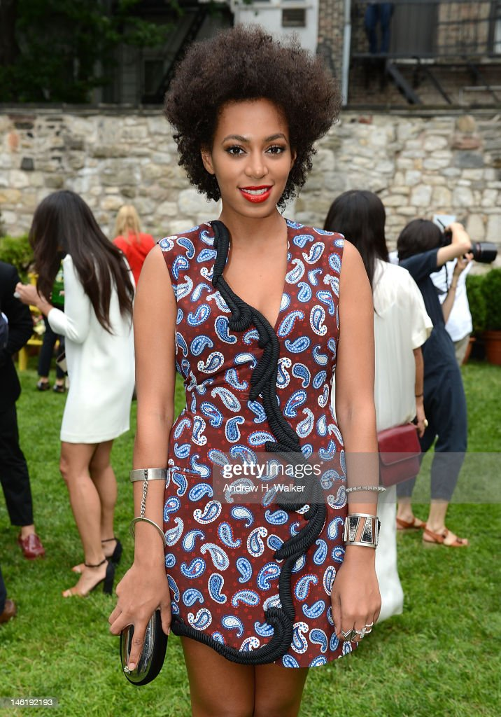 <a gi-track='captionPersonalityLinkClicked' href=/galleries/search?phrase=Solange+Knowles&family=editorial&specificpeople=221489 ng-click='$event.stopPropagation()'>Solange Knowles</a> attends the Stella McCartney Resort 2013 Presentation at Stella McCartney Store on June 11, 2012 in New York City.