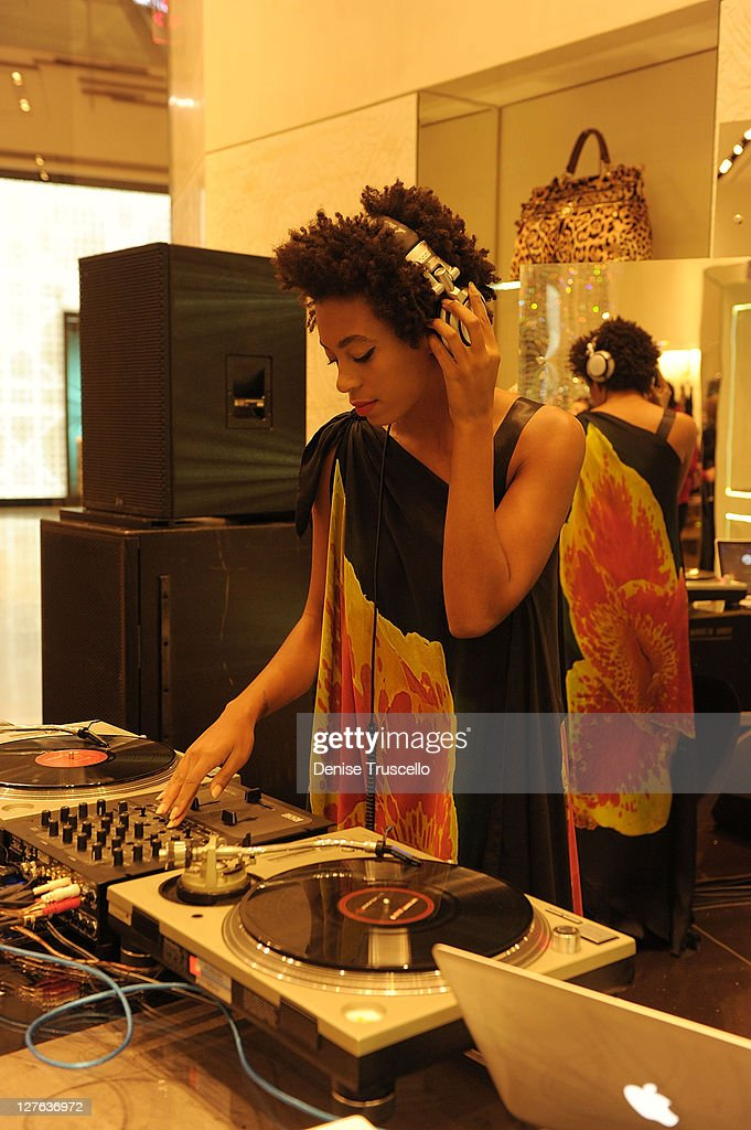 <a gi-track='captionPersonalityLinkClicked' href=/galleries/search?phrase=Solange+Knowles&family=editorial&specificpeople=221489 ng-click='$event.stopPropagation()'>Solange Knowles</a> DJ's at Roberto Cavalli's 'Black Is Never Absolute' photo exhibit in the Roberto Cavalli store at Crystals at CityCenter on April 15, 2011 in Las Vegas, Nevada.