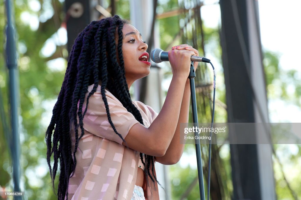 <a gi-track='captionPersonalityLinkClicked' href=/galleries/search?phrase=Solange+Knowles&family=editorial&specificpeople=221489 ng-click='$event.stopPropagation()'>Solange Knowles</a> performs during the 2013 Bonnaroo Music & Arts Festival on June 15, 2013 in Manchester, Tennessee.