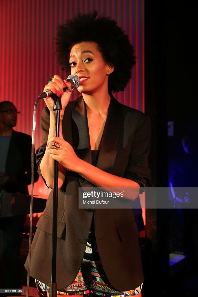 <a gi-track='captionPersonalityLinkClicked' href=/galleries/search?phrase=Solange+Knowles&family=editorial&specificpeople=221489 ng-click='$event.stopPropagation()'>Solange Knowles</a> performs during The Pucci Dinner Party At Monsieur Bleu In Paris on September 28, 2013 in Paris, France.