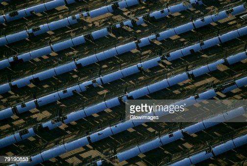 Solar power via parabolic trough mirrors, Daggett, California : Foto de stock