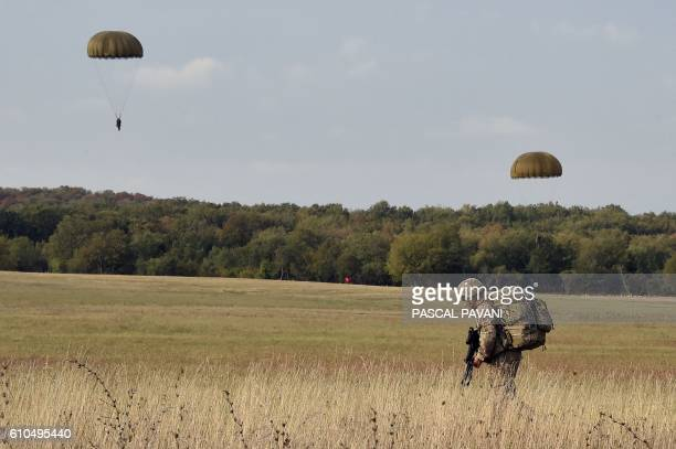 A soldier from France's 11th Parachute Brigade takes part in the 'Colibri' interallied exercise reuniting thousands of French German American Spanish...
