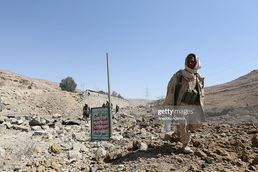 Soldiers loyal to President of Yemen Abd Rabbuh Mansur Hadi take security measures around the 312th Brigade quarters after taking its control from Houthis and Yemen's former President, Ali Abdullah Saleh's forces at Farda district in Sanaa, Yemen on February 11, 2016.