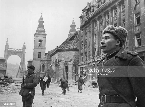 Soldiers Of The Red Army In Front Of The Elizabeth Bridge In Budapest In February 1945 After The Liberation Of The City