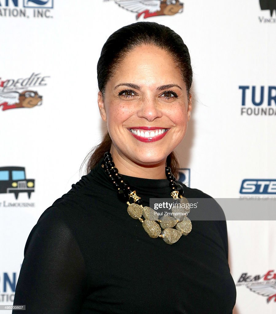<a gi-track='captionPersonalityLinkClicked' href=/galleries/search?phrase=Soledad+O%27Brien&family=editorial&specificpeople=223926 ng-click='$event.stopPropagation()'>Soledad O'Brien</a> attends the Derek Jeter 18th Annual Turn 2 Foundation dinner at Sheraton New York Times Square on June 1, 2014 in New York City.
