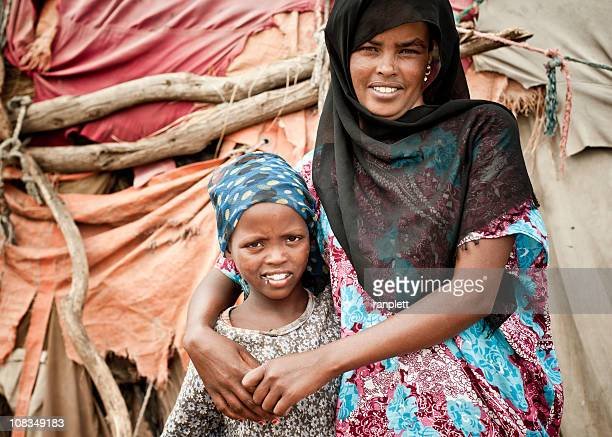 Mãe e filha-da-somália