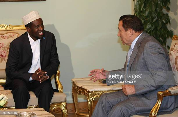 Somali President Sheikh Sharif Sheikh Ahmed meets with Egyptian President Hosni Mubarak in Cairo on April 22 2009 AFP PHOTO/CRIS BOURONCLE