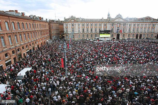 Some 20000 fans attend on a giant screen at the Capitole's square in Toulouse southwestern France on May 24 the European Rugby Union Cup Final...