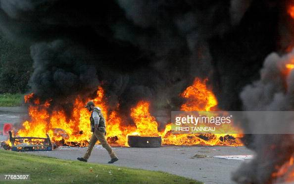 Some French fishermen set fire to block roads 05 November 2007 in Quimper western France to protest against rising fuel costs French Agriculture and...