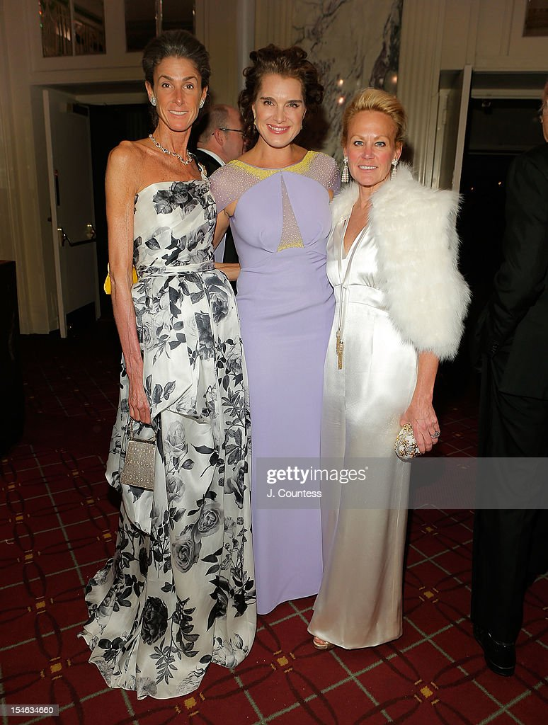 Somers Farkas, actress/model Brooke Shields and Muffie Potter Aston attend the 2012 Alzheimer Association Rita Hayworth Gala at The Waldorf Astoria on October 23, 2012 in New York City.