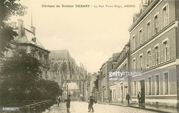 Somme postcard clicic of doctor Debary Amiens about 1900
