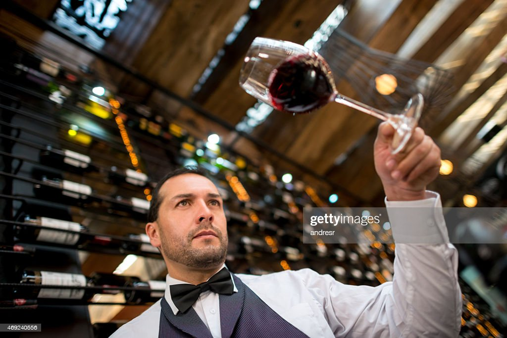 Sommelier winetasting