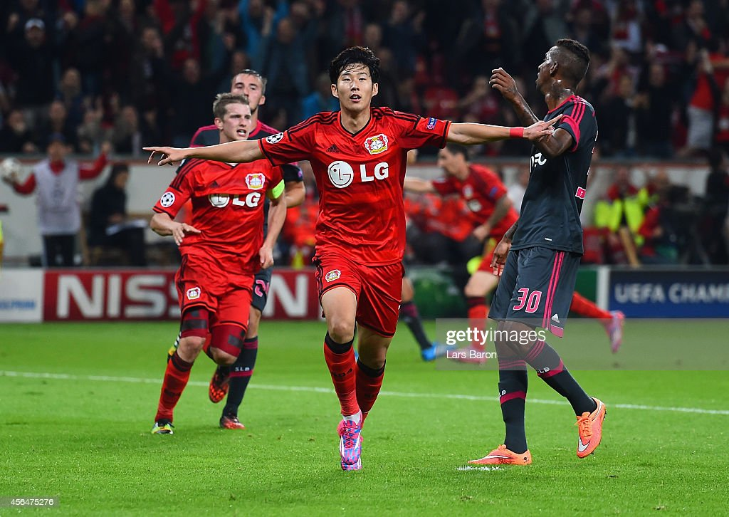 Son Heung-Min of Bayer Leverkusen celebrates scoring their second goal during the UEFA Champions League Group C match between Bayer 04 Leverkusen and SL Benfica on October 1, 2014 in Leverkusen, Germany.