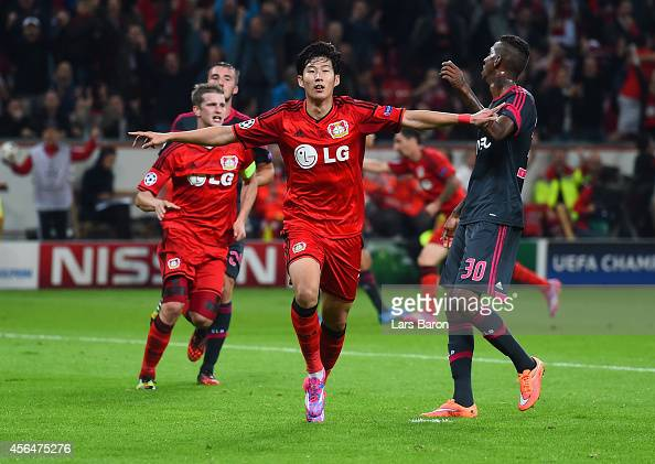 Son HeungMin of Bayer Leverkusen celebrates scoring their second goal during the UEFA Champions League Group C match between Bayer 04 Leverkusen and...