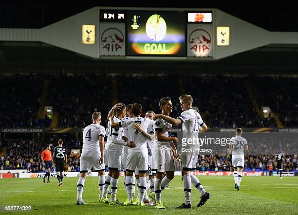 Son HeungMin of Tottenham Hotspur celebrates scoring the second goal with the team mates during the UEFA Europa League Group J match between...