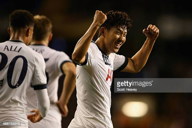 Son HeungMin of Tottenham Hotspur celebrates scoring their second goal during the UEFA Europa League Group J match between Tottenham Hotspur FC and...