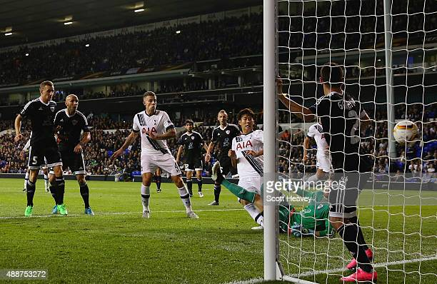 Son HeungMin of Tottenham Hotspur scores their first goal during the UEFA Europa League Group J match between Tottenham Hotspur FC and Qarabag FK at...