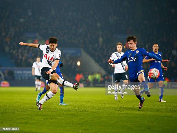 Son HeungMin of Tottenham Hotspur scores to make it 01 during The Emirates FA Cup Third Round Replay match between Leicester City and Tottenham at...