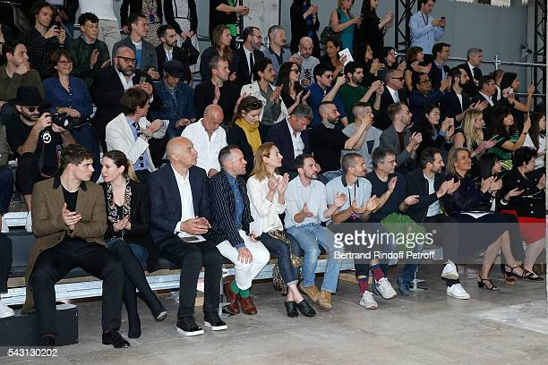 Son of Jeremy Irons Max Irons his companion Sophie Pera Artists Fabrice Hybert and Xavier Veilhan attend the Lanvin Menswear Spring/Summer 2017 show...