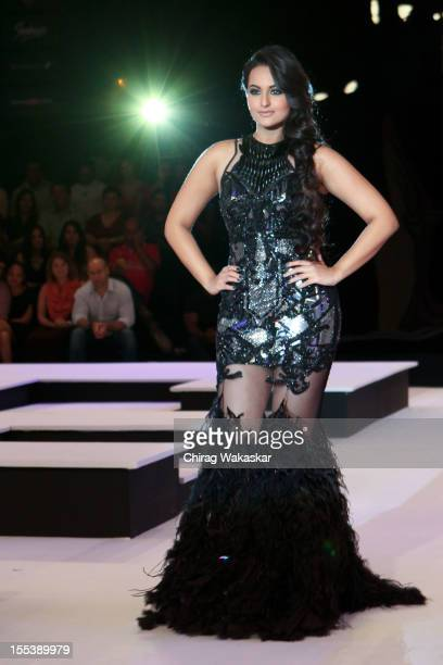 Sonakshi Sinha walks the runway in an Falguni Shane Peacock outfit during the Blenders Pride Fashion Tour Day 1 held at Grand Hyatt on November 3...