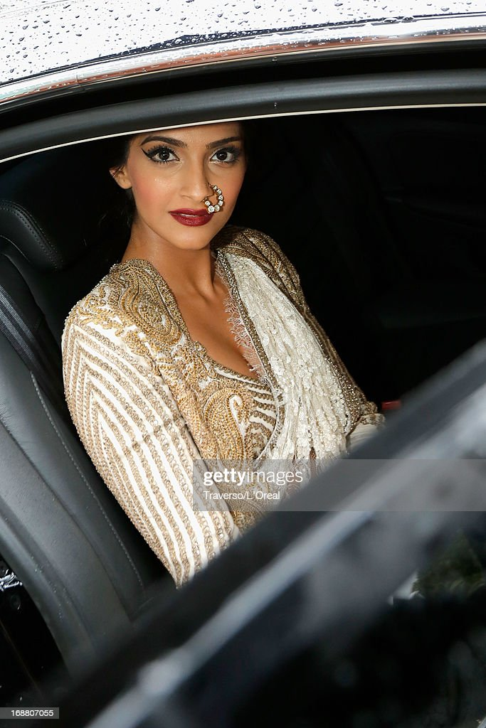 <a gi-track='captionPersonalityLinkClicked' href=/galleries/search?phrase=Sonam+Kapoor&family=editorial&specificpeople=4504004 ng-click='$event.stopPropagation()'>Sonam Kapoor</a> attends a L'Oreal Cocktail Reception during The 66th Annual Cannes Film Festival at the Martinez Hotel on May 15, 2013 in Cannes, France.