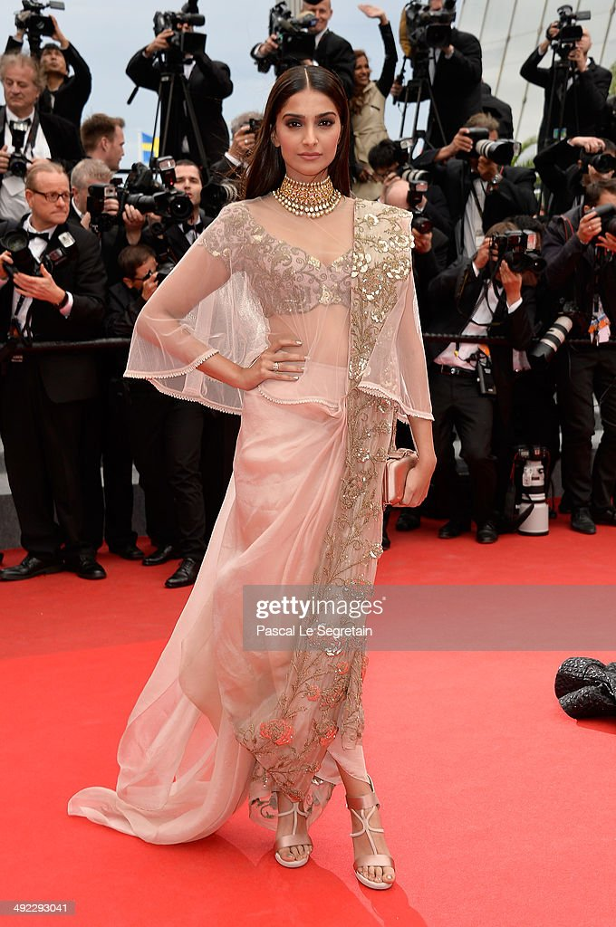 <a gi-track='captionPersonalityLinkClicked' href=/galleries/search?phrase=Sonam+Kapoor&family=editorial&specificpeople=4504004 ng-click='$event.stopPropagation()'>Sonam Kapoor</a> attends the 'Foxcatcher' premiere during the 67th Annual Cannes Film Festival on May 19, 2014 in Cannes, France.