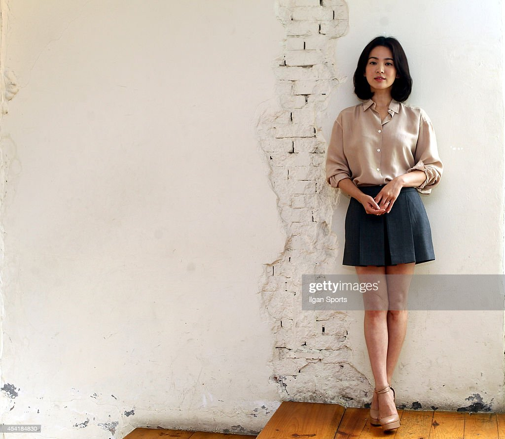 Song Hye-Kyo poses for photographs on August 25, 2014 in Seoul, South ...