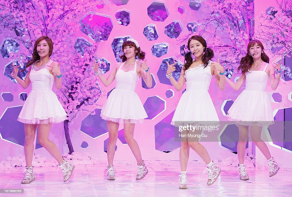 Song Ji-Eun, Han Sun-Hwa, Jun Hyo-Seong and Zinger (Jung Ha-Na, Chung Ha-Na) of South Korean girl group Secret perform onstage during the Mnet 'M CountDown' at CJ E&M Center on May 02, 2013 in Seoul, South Korea.