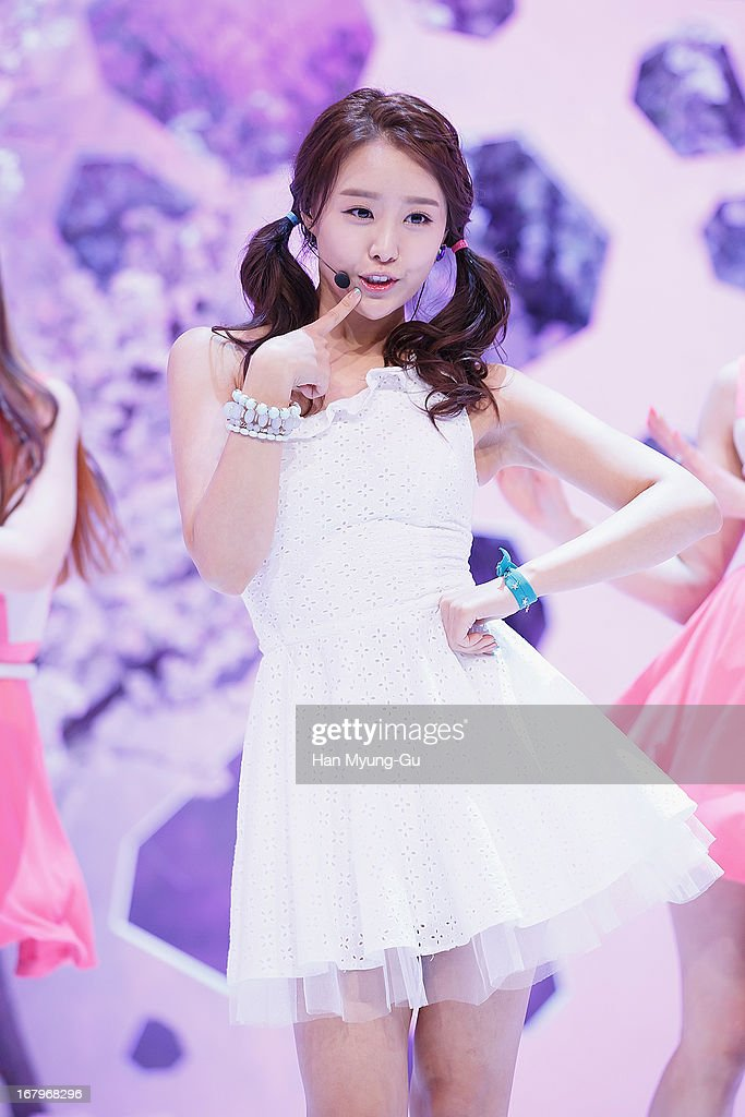 Song Ji-Eun of South Korean girl group Secret performs onstage during the Mnet 'M CountDown' at CJ E&M Center on May 02, 2013 in Seoul, South Korea.