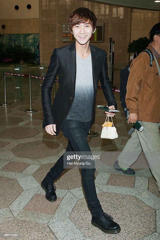 Song SeungHyun of South Korean boy band FTisland is seen on departure to Japan at Gimpo International Airport on April 16 2013 in Seoul South Korea