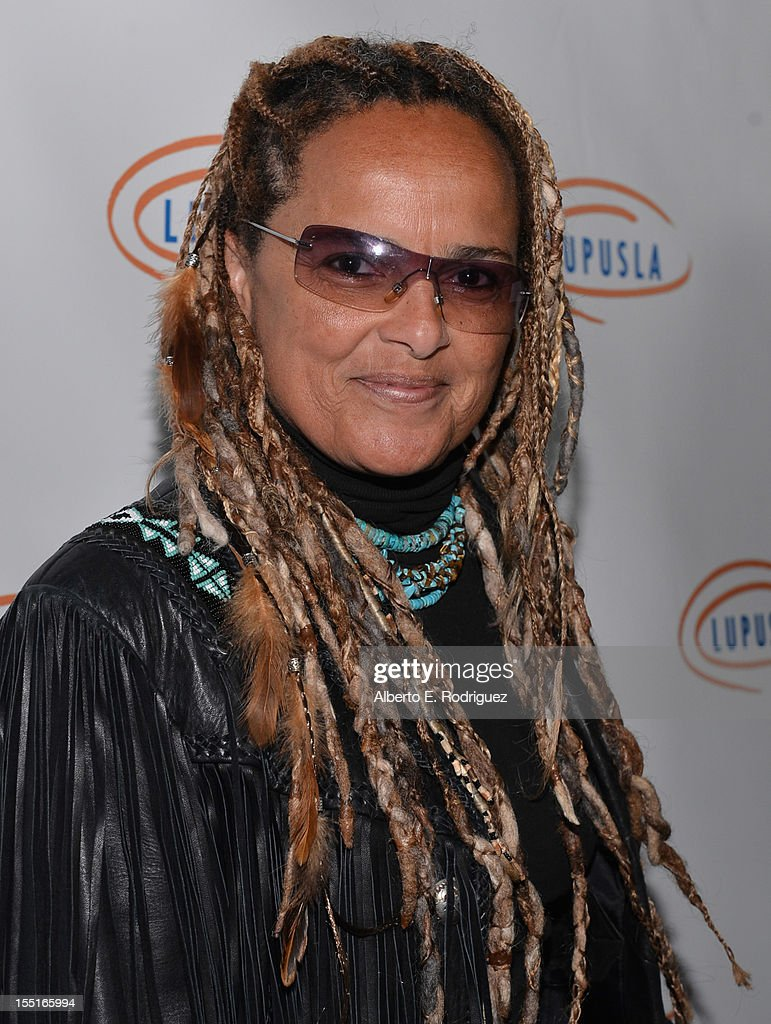 Songwriter Shari Belafonte arrives to the Lupus LA 10th Anniversary Hollywood Bag Ladies Luncheon at Regent Beverly Wilshire Hotel on November 1, 2012 in Beverly Hills, California.