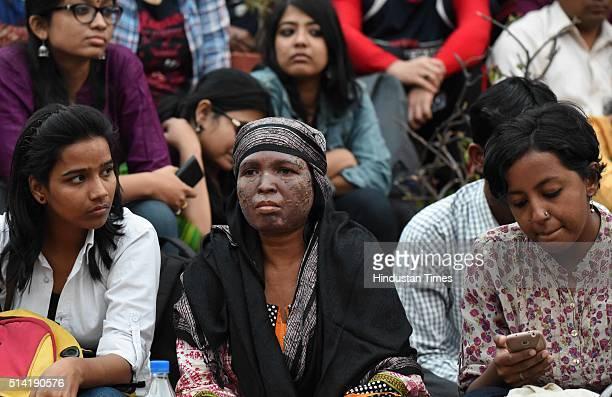 Soni Sori Tribal school teacher turned political activist from South Bastar Chhattisgarh at JNU Campus on March 7 2016 in New Delhi India JNUSU...