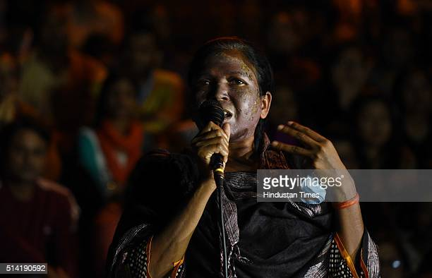 Soni Sori Tribal school teacher turned political activist from South Bastar Chhattisgarh speaks at JNU Campus on March 7 2016 in New Delhi India...